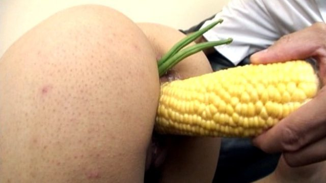 Hibiki Ohtsuki Has Labia Satisfied And Offers Oral Job