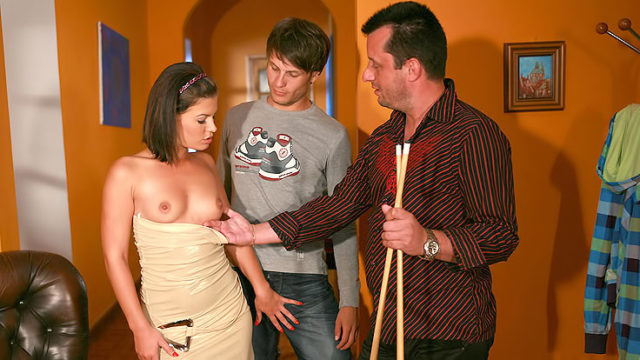 Spunky Wifey Penetrates Stranger