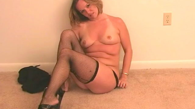 Supreme Light-haired Wifey Tessa Undressing Ebony Lingeria And Taunting Us Along With Her Tights