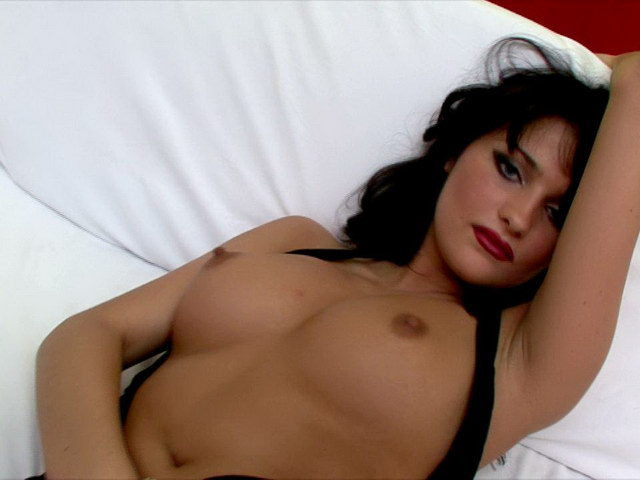 Black-haired Russian Vamp In Nylons And Prime High-heeled Shoes Luysan Showcasing Her Figure On Digicam