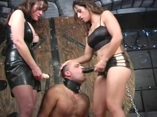 Awesome Female Dominance, Three-way Hook-up Flick