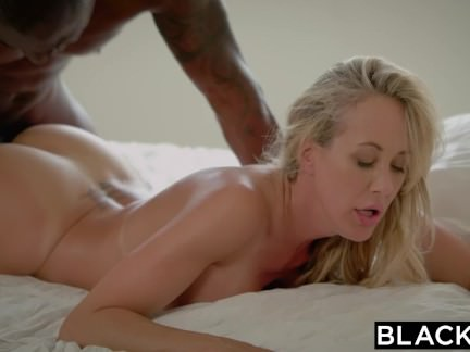 Blacked Brandi Enjoy´s Very First Humungous Dark-hued Jizz-shotgun