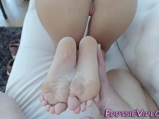Fetish Light-haired Soles Nutted