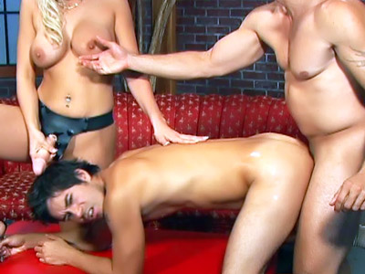Nicki Hunter In A Bi-curious Threeway